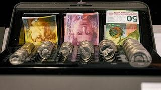 Chantuns ritgs duain pajar damain en la gulivaziun da finanzas
