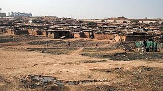 Pakistan schickt Menschen in ein umkämpftes Land