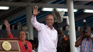 Haitis Präsident klopft sich auf die Schulter