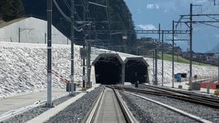 Rettungsübung im Gotthard-Basistunnnel