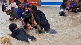 Indische Millionenstadt unter Wasser