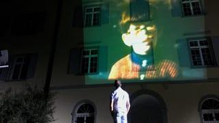 Video «Vom Schattenkind zum Erfolgsautor» abspielen
