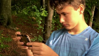 Video «Filmen mit dem Handy» abspielen