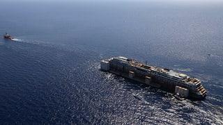 Costa Concordia: Schleppaktion liegt weiter im Zeitplan