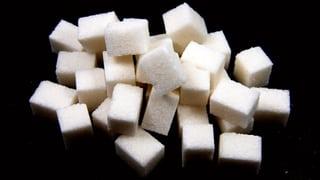Wer bestimmt, wie viel Zucker wir essen?  (Artikel enthält Audio)