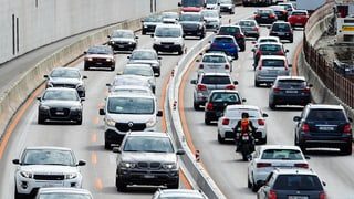Das Auto mit den Arbeitskollegen teilen, sogenanntes «Carpooling» – das will der Bund mit einem Pilotversuch versuchen. Das Ziel: weniger Stau.