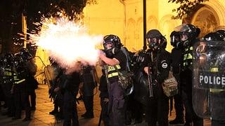 Erste Konsequenzen nach Protesten in Georgien