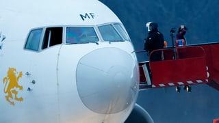 Co-Pilot entführt Passagierflugzeug nach Genf
