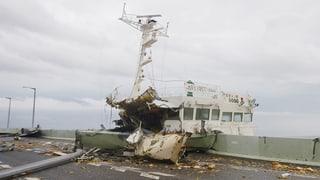 Taifun «Jebi» furiescha en il Giapun