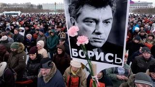 Tausende Anhänger der russischen Opposition demonstrieren