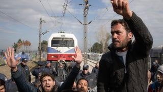 Flüchtlinge: Brüssel erhöht Druck auf Griechenland