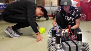 Zehn junge Roboterbauer auf dem Weg nach Amerika