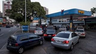 La Venezuela sto auzar il pretsch da benzin