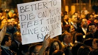 Zypern macht erste Schritte zur Bankensanierung
