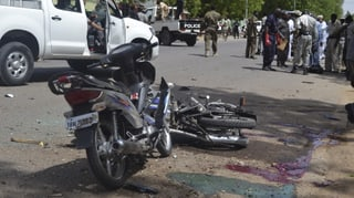 Almain 49 morts tras explosiuns en la Nigeria