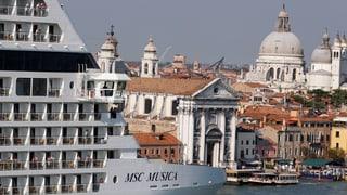 Wachsender Ärger über Kreuzfahrtschiffe in Venedig