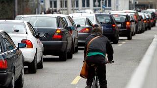 Aargau: Weniger ÖV auf dem Land und Veloautobahnen in der Stadt