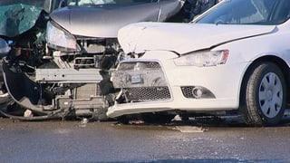Viele Autofahrer passen ihren Fahrstil nicht der Witterung an