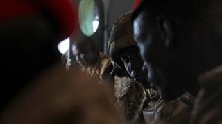 Per part brischà vivs – Crims da guerra en il Sudan