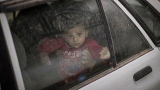 Mossul: 1,5 milliuns civilists traplads, cumbatts cuntinueschan