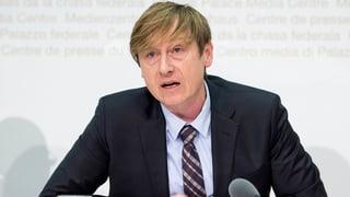 Prämienanstieg: Preisüberwacher nimmt Bund und Politik aufs Korn