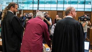 Daniel M. gibt vor Gericht zu,  vom Nachrichtendienst des Bundes (NDB) 28'000 Euro für seine Tätigkeiten erhalten zu haben. Und er nennt Namen.