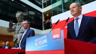 SPD-Mitglieder stimmen für die GroKo