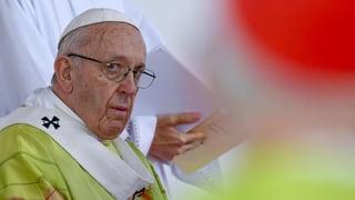 Papa Francestg ha exclus dus uvestgs dal Chile pevi da pedofilia
