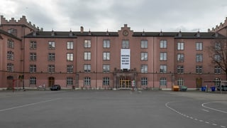Kanton verteidigt Kasernenumbau