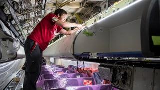 SR Technics plant den Abbau von bis zu 300 Stellen. Darüber hat SRF schon letzte Woche berichtet.