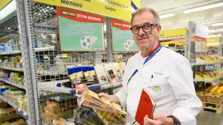 Emil Bolli è responsabel per la part culinarica (Artitgel cuntegn video)