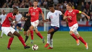 Schweizer überzeugen und verlieren gegen England