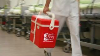 Video «Geschichten aus dem Transplantationszentrum Genf – Folge 2» abspielen