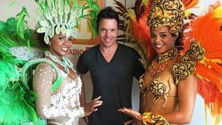 Sven Epiney lernt Samba: Alle 4 Lektionen im Video