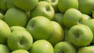 Video «Pestizid-Äpfel. Hebamme bereichert sich. Pflegespülungen im Test.» abspielen