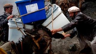 Grossteil der Afghanen trotzt Taliban-Drohungen
