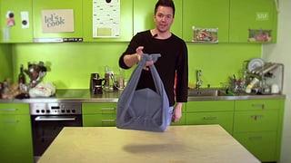 Neuer Lifehack von Sven: die Hoodie-Laptoptasche