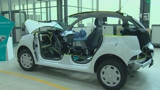 Video «Neues Auto mit Luftdruck-Hybrid» abspielen