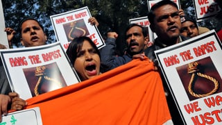 Neue Proteste nach Tod einer vergewaltigten Inderin