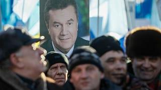 Janukowitschs bezahlte Demonstranten