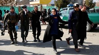 Über 100 Tote nach schwerem Anschlag in Kabul