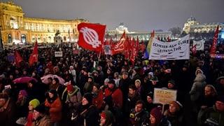 Vienna: Millis demonstreschan cunter la regenza