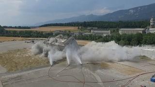 Spektakuläre Sprengungen im Attisholz machen Platz für Neues
