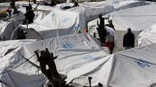 Flüchtlingslager in Griechenland weiterhin überfüllt