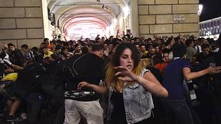 Terrorangst kann Massenpanik auslösen. Nach den jüngsten Ereignissen von Turin warnen Experten auch in der Schweiz.