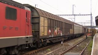 Pendler bremsen Güterzüge aus