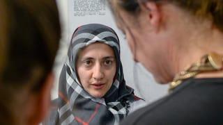 Beschwerde gegen Kopftuchverbot an Basler Gerichten