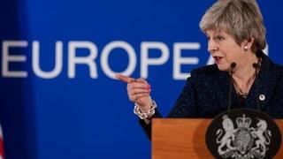 Brexit: Theresa May pretenda in Gea a la Cunvegna