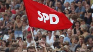 Die Sozialdemokraten in Europa haben ihre wichtigste Wählergruppe verloren. Politologe Armingeon erklärt die Gründe.
