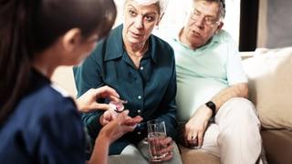 Video «Psychiatrie zuhause, Borreliose, Seniorenzähne, Augenkrebs» abspielen
